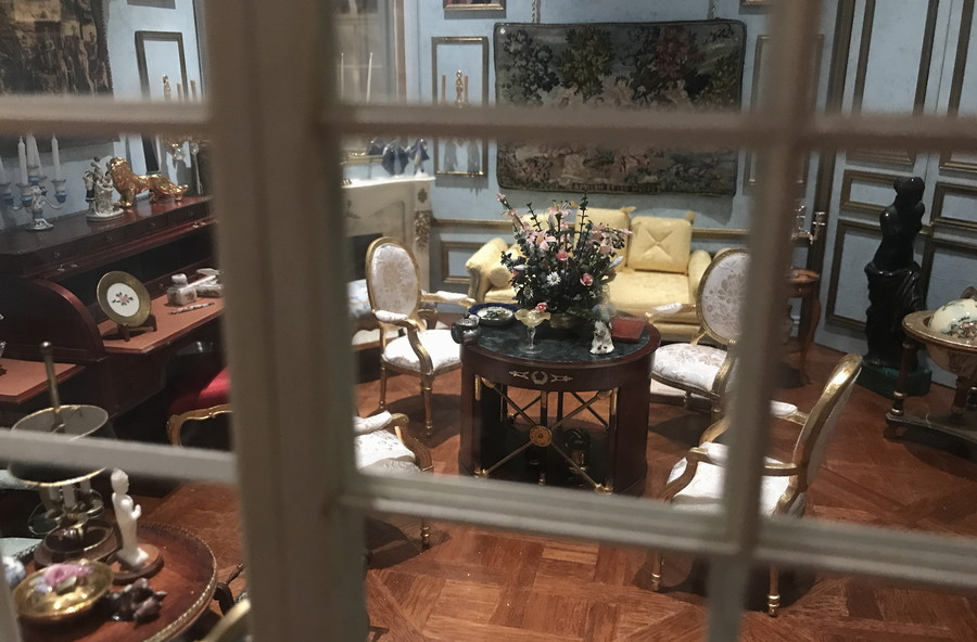 victorian home, miniature doll house diorama