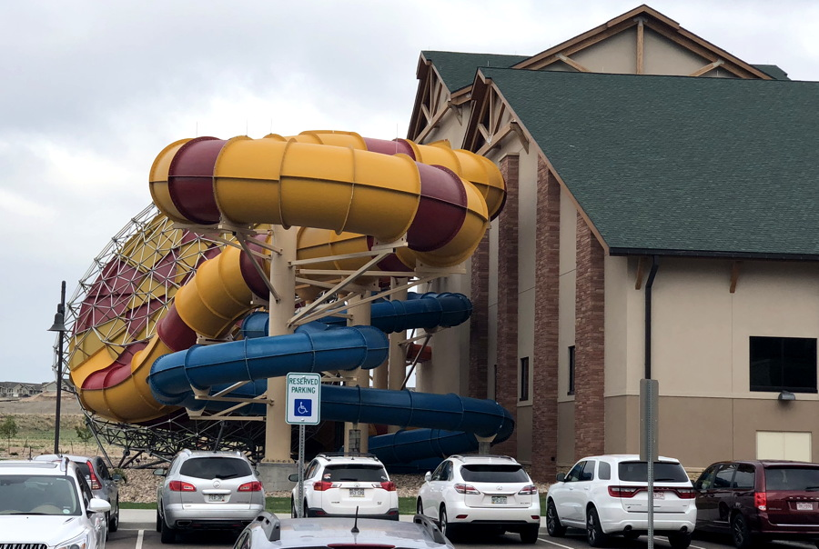 great wolf lodge, exterior water slide