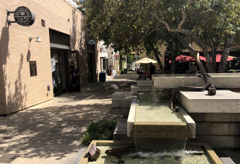 claremont village california plaza