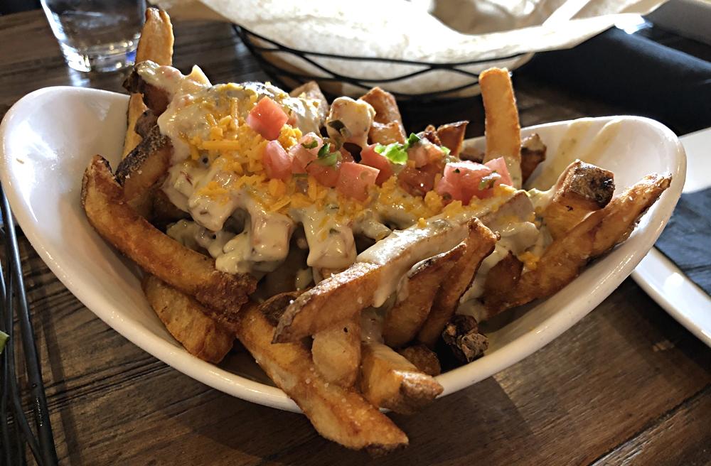 truffle fry basket w/ queso - 5280 burger bar