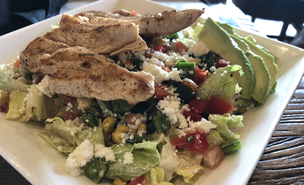 mexican corn salad with chicken - 5280 burger bar