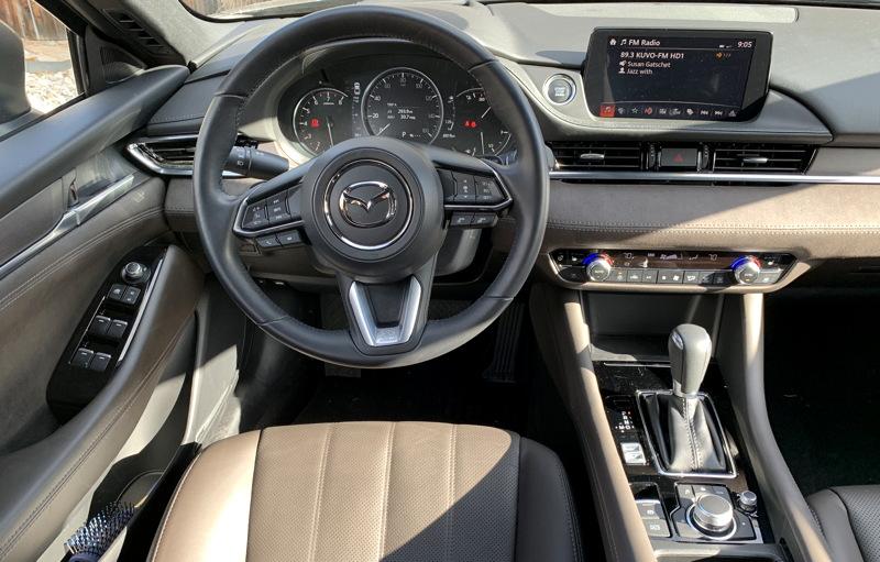2018 mazda mazda6 signature dashboard interior
