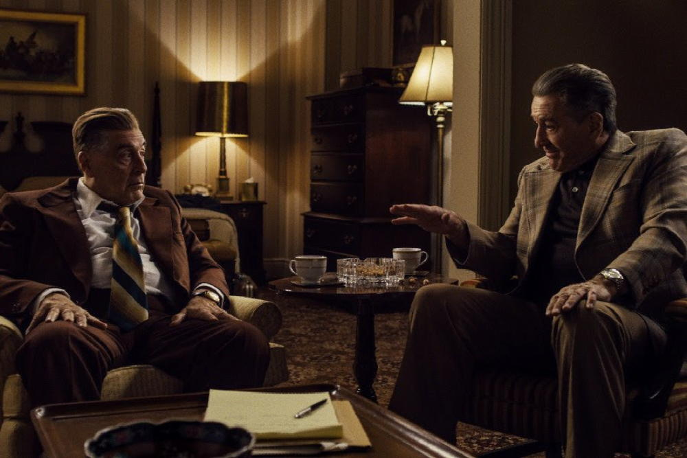the irishman publicity still al pacino robert de niro