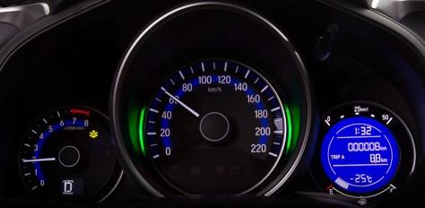 10-honda-jazz-speedometer