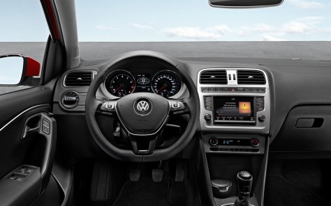 Volkswagen-Polo_2014_1280x960_wallpaper_32