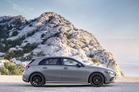 2019-Mercedes-Benz-A-Class-Hatch-41