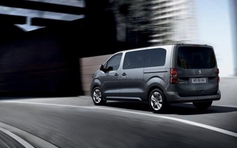 Peugeot-Traveller-2017-1280-07