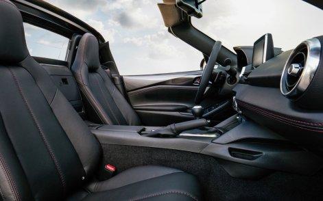 Mazda-MX-5_RF-2017-1280-9e