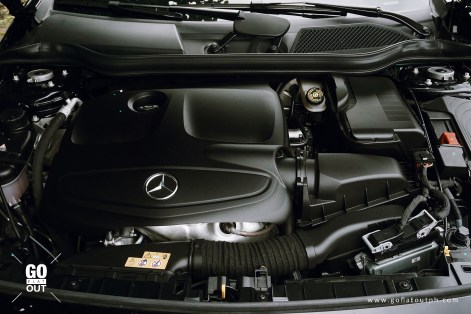 2018 Mercedes-Benz GLA 180 Urban Engine