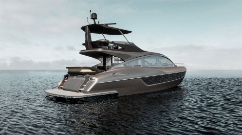 LY 650 Lexus Yacht water image 5