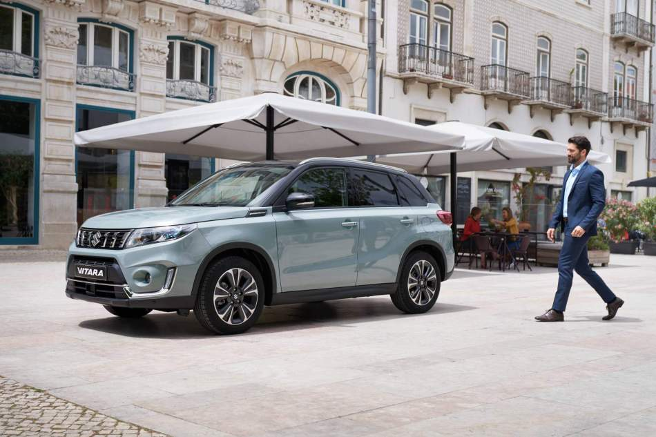 2020 Suzuki Vitara GLX In Ice Greyish Blue Metallic