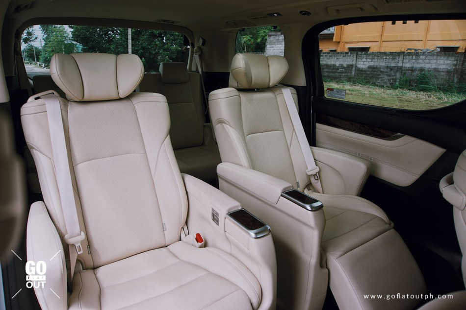 2019 Toyota Alphard 3.5 V6 Interior Captain's Chairs