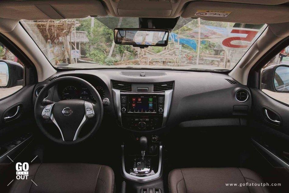 2020 Nissan Terra VL Interior