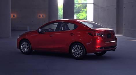 2020-Mazda2-Sedan-Mexico-spec-4