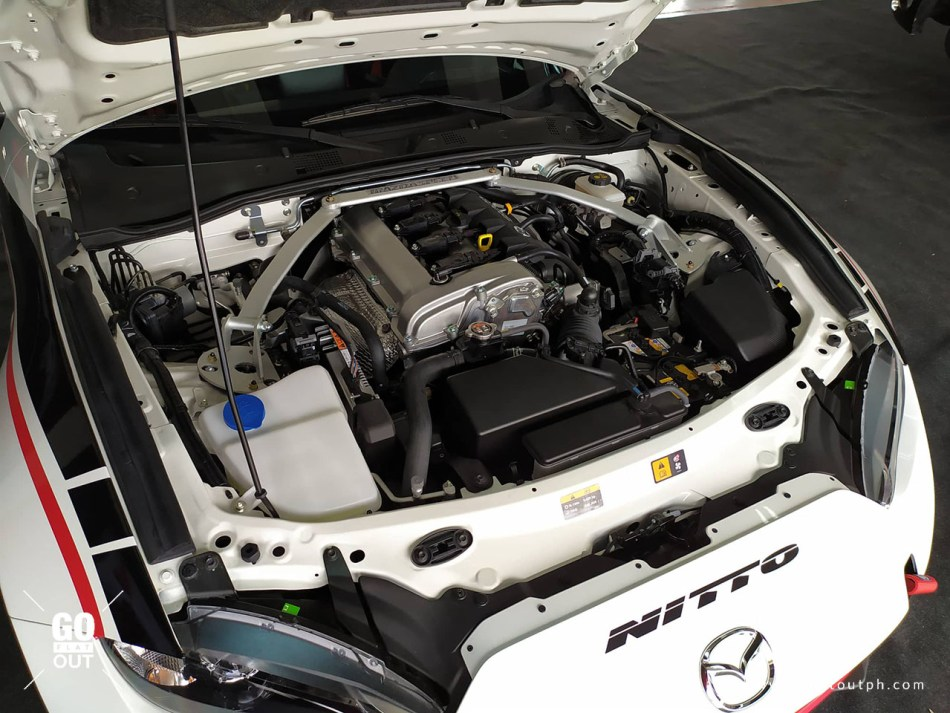 Mazda Miata Spec Series Race Car Engine
