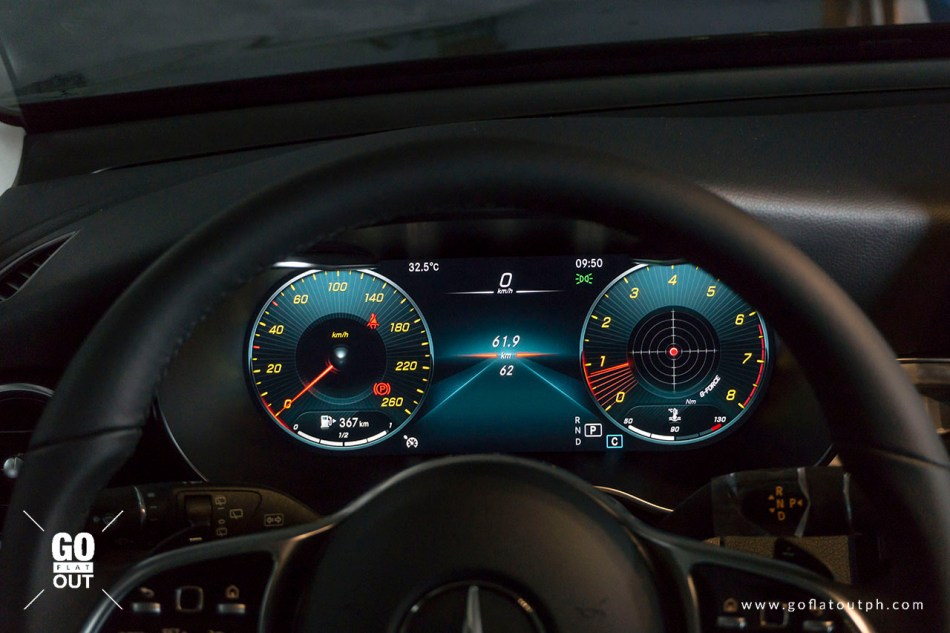 2020 Mercedes-Benz GLC 200 Digital Gauges