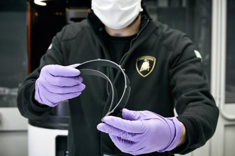 Lamborghini Starts Production Masks And Face Shields To COVID-19 Frontliners