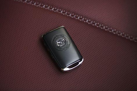 Mazda-MX-5-100th-Anniversary-edition-9