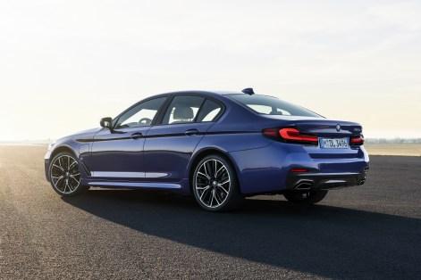 2021 BMW 530e M Sport Exterior
