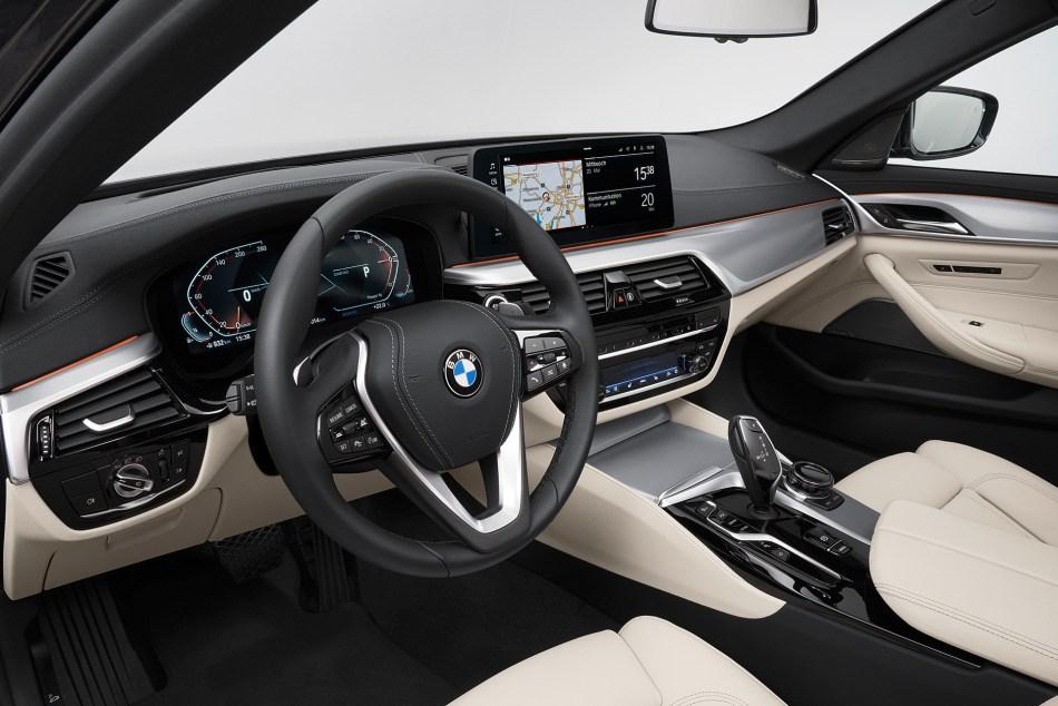 2021 BMW 5 Series Interior