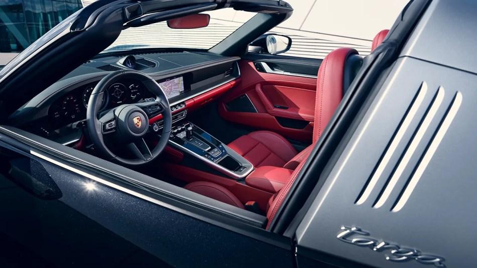 2021 Porsche 911 Targa 4S Interior