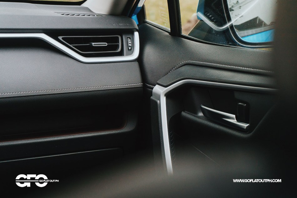 2020 Toyota RAV4 2.5 LTD Infotainment