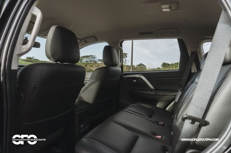 2020 Mitsubishi Montero Sport GT 2WD Second Row Seats