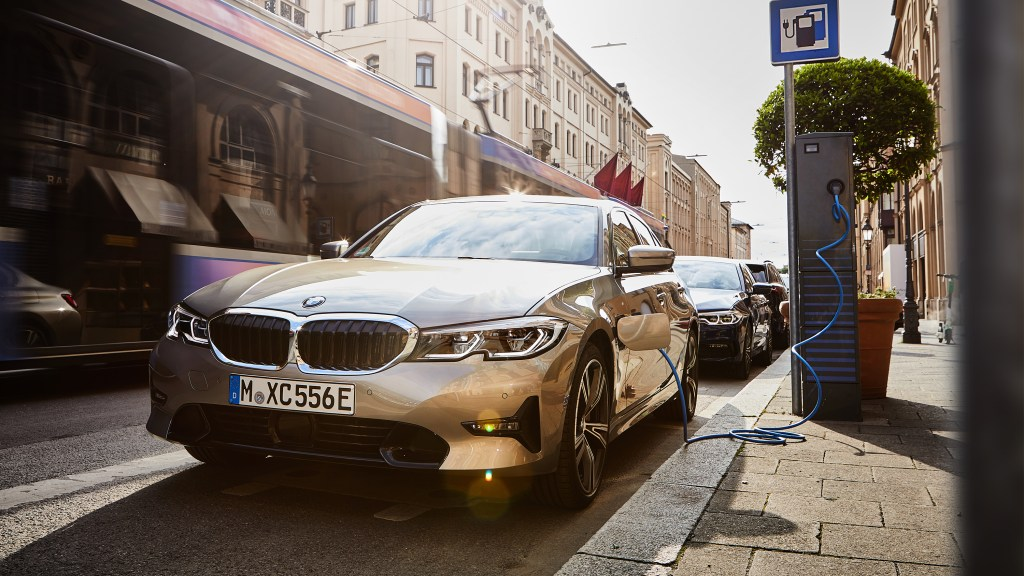 "The BMW Group Is Not In Favor of ""Self-Charging Hybrids"""