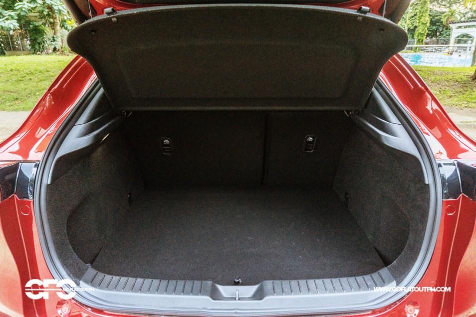 2020 Mazda CX-30 430-liter trunk