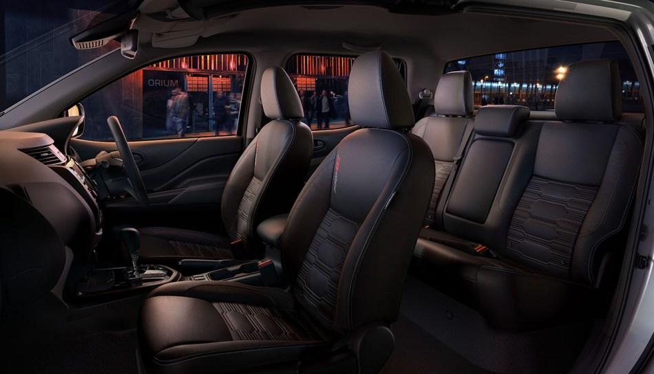 2021 Nissan Navara PRO-4X Interior
