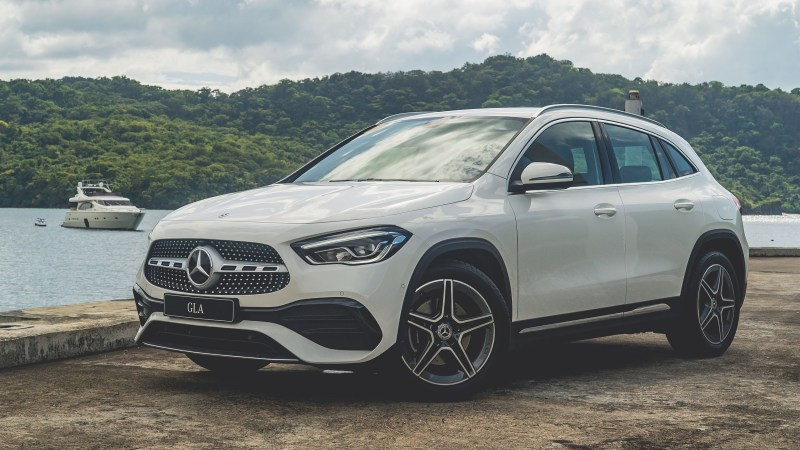 2021 Mercedes-Benz GLA 200 AMG Line Review