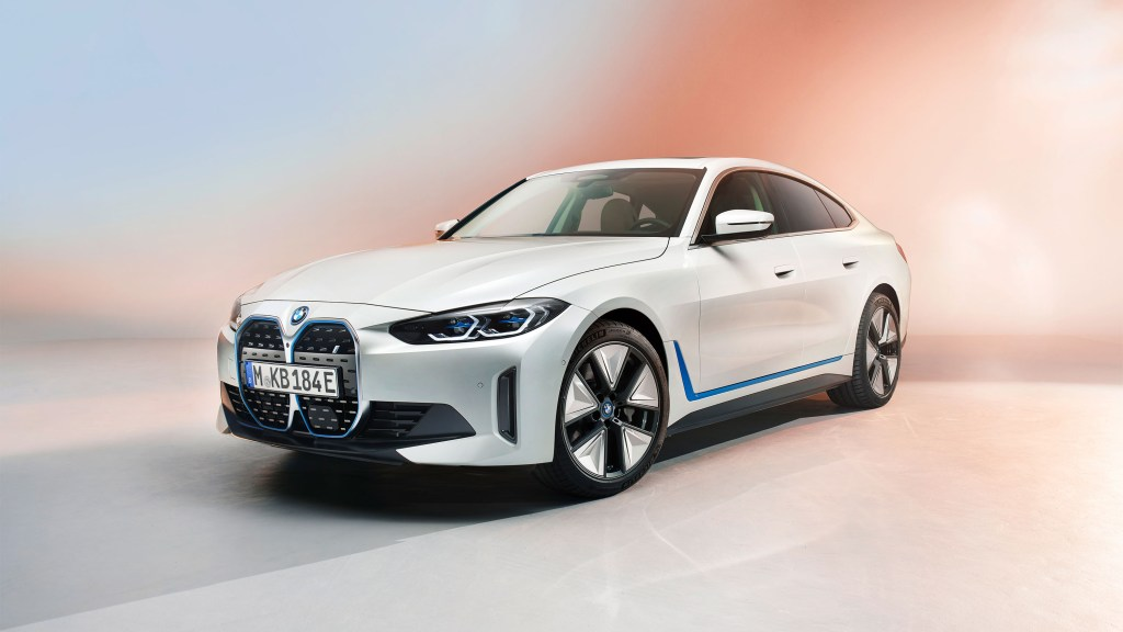 Fully-Electric 2022 BMW i4 Unveiled With 523 HP, 590-Kilometer Range