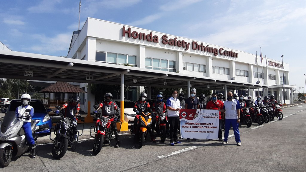 Honda PH Conducts Free Road Safety Seminar To Philippine Red Cross