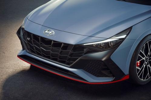 2022-Hyundai-Elantra-N-i30-017