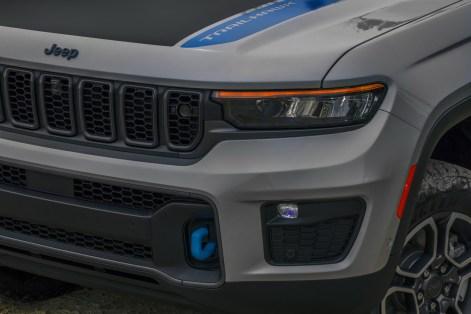 2022-Jeep-Grand-Cherokee-40-1