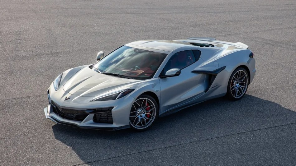 This Is Your First Look At The 2023 Chevrolet Corvette Z06
