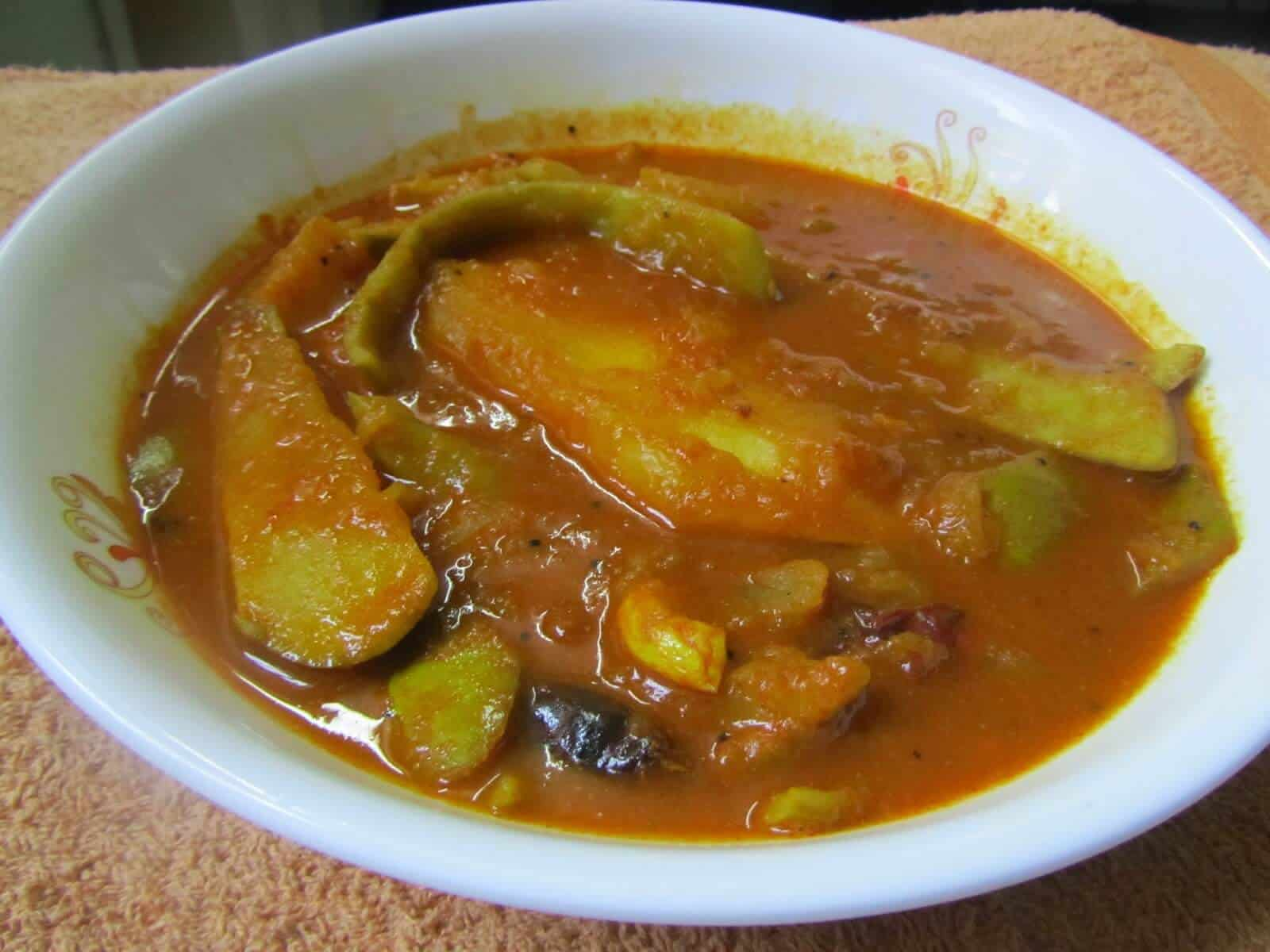 Mango Curry – Sweet And Tangy Curry With Spices