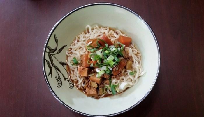 煮翻天複合式㕑房|台南中式料理|多種美食一次滿足