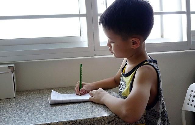 広東語消失の危機ー普通話の学校教育で失われていく広東語のアイデンティティ