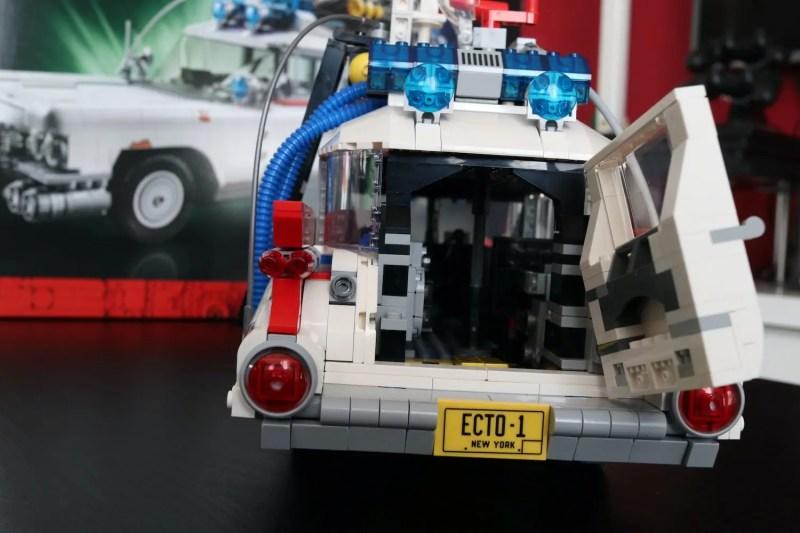 set lego ghostbuster ecto-1 dietro