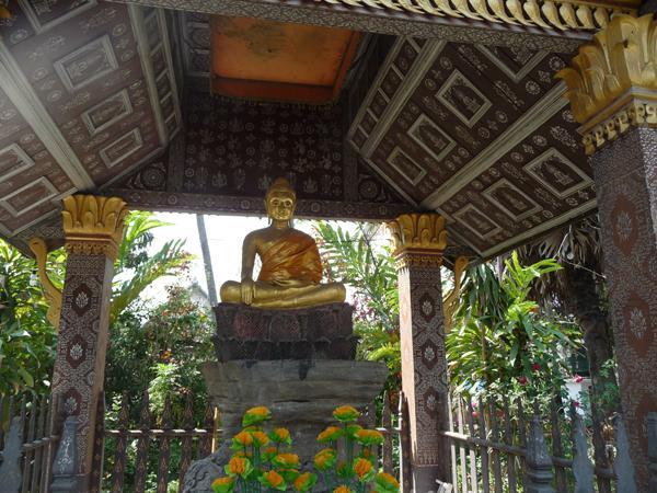 Pavillon des Sitzenden Buddha im Wat Xieng Thong