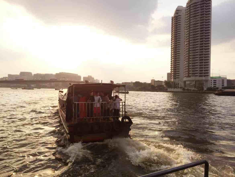 gogirlrun_bangkok_alternativ_Sightseeing_Chao Phraya_3