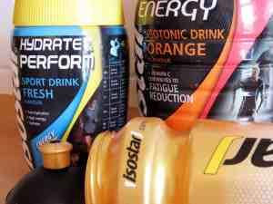 Wettkampfernährung: Isotonische Getränke von Isostar