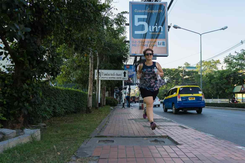 Die richtige Kleidung zum Laufen in heißen Ländern
