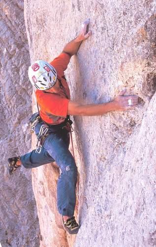 Turchia, Rolando Larcher su Come to Derwish, prima ascensione (foto R.Ince)
