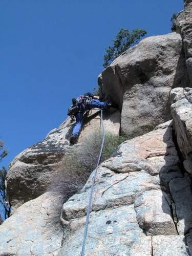 Quota 590 m della Punta de s'Abila, via dei Cammelli, 1a lunghezza