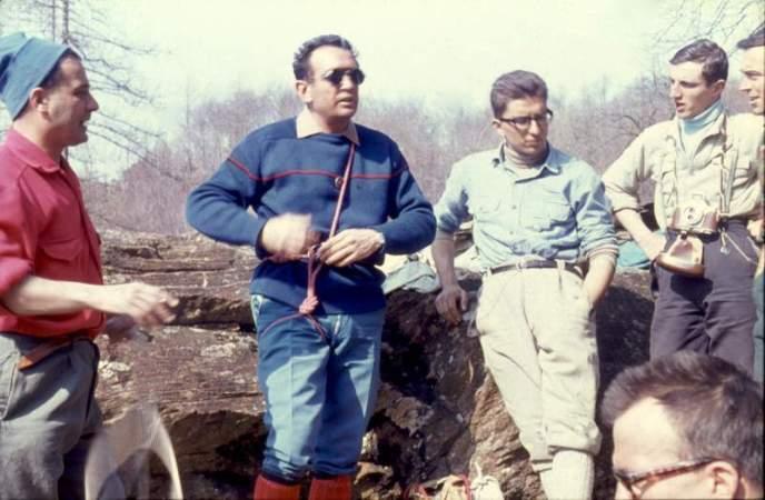 Franco Garda e Gianni Ribaldone, lezione sciola Gervasutti alle Courbassere, 1960