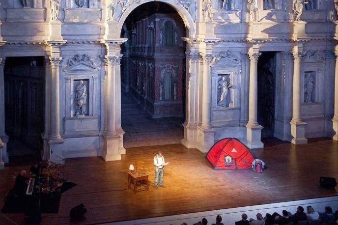 DueSoliRenatoCasarotto-TeatroOlimpico-ENR_1991
