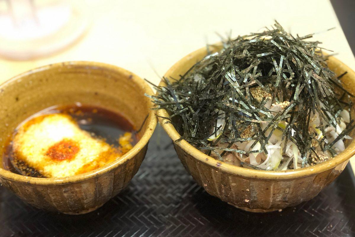 【東京 秋葉原】為什麼蕎麥麵裡面要加辣油啊。