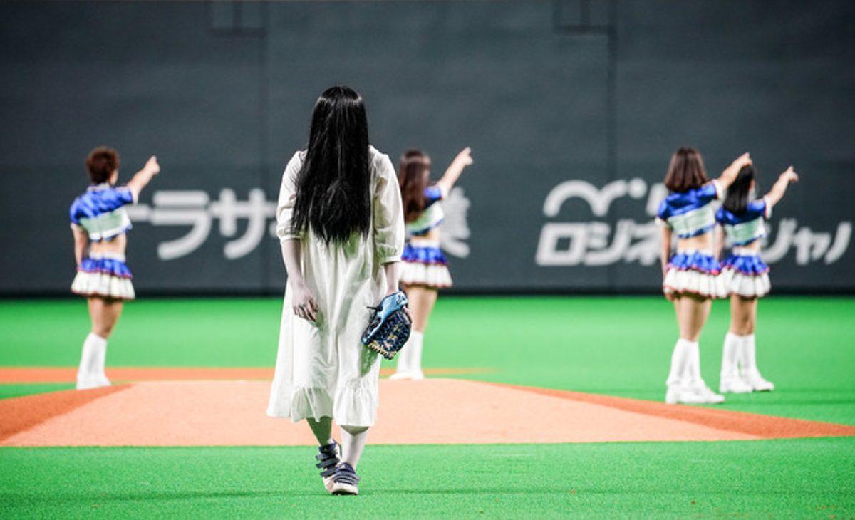 貞子開球典禮破98公里球速記錄。「我盡最大努力投球了」貞子說出這樣的感言(笑)。